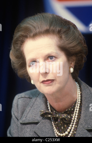 Mrs Margaret Thatcher 1983 General Election press conference London UK 1980s.  HOMER SYKES - Stockfoto