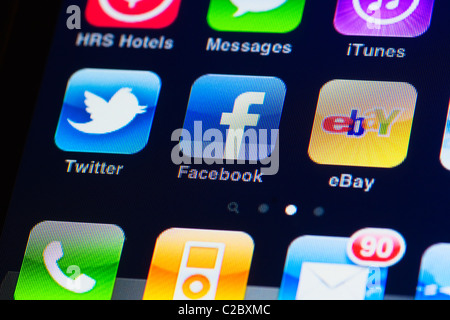 how to close apps on iphone 4