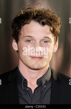 ANTON YELCHIN THOR. PREMIERE. PARAMOUNT AND MARVEL. HOLLYWOOD LOS ANGELES CALIFORNIA USA 02 May 2011 - Stock Photo