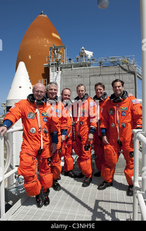 space shuttle endeavour astronauts - photo #3