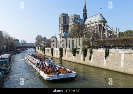 seine river and bateau mouche in paris france stock photo royalty free image 67422711 alamy. Black Bedroom Furniture Sets. Home Design Ideas