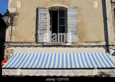 window detail arles provence france stock photo royalty free image 14148768 alamy. Black Bedroom Furniture Sets. Home Design Ideas
