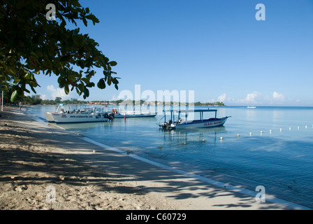 Pleasure boats at Negril, Jamaica - Stock Photo