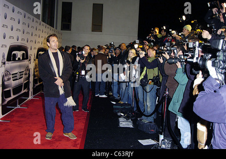 Actor Luke Perry poses for photographers, at the launch of the 2005 Volkswagen Jetta at The Lot, Los Angeles, CA - Stock Photo
