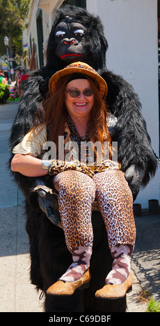 A performer at the Summer Solstice Parade, Santa Barbara, California, 2011. - Stockfoto