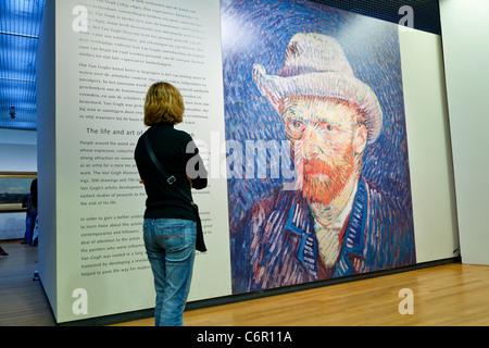 Europe, Netherlands, Amsterdam, Van Gogh Museum - Stockfoto