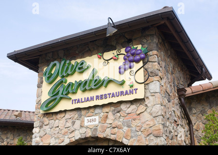 A Olive Garden Restaurant Stock Photo Royalty Free Image 39299096 Alamy