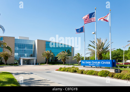 Entrance to The Ewers Centruy Center building at Central Florida College in Ocala Florida - Stock Photo