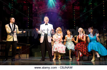 Des O'Connor on the stage of Dreamcoats and Petticoats. Performing at The Playhouse Theatre - Stock Photo