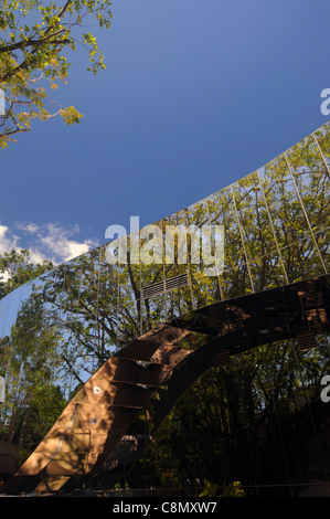 Detail of mirrored facade of the Wet Tropics Visitor Centre, Edge Hill, Cairns, Queensland, Australia. No PR - Stock Photo
