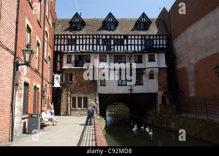 The High Bridge in Lincoln is the oldest bridge in the United Kingdom which still has buildings on it. Locally it - Stock Photo