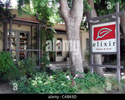 May 08, 2004; Los Angeles, CA, USA; Elixir is an award-winning leader in Herbal Healthcare: licensed TCM herbalists, - Stock Photo