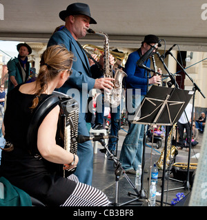 High Noon community festival is a Northcote local music fest in Melbourne, Australia band playing on stage - Stock Photo