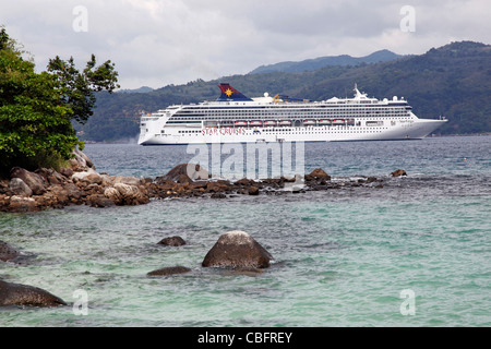 Star Cruises Star Virgo Cruise Ship Setting Sail From The