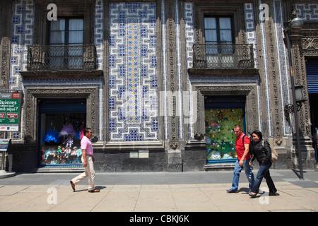 Casa de los azulejos house of tiles restaurant mexico for Sanborns de los azulejos mexico city
