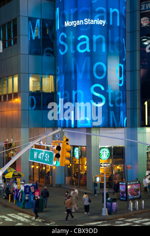 Starbucks Neon Sign Stock Photo 142068449 Alamy