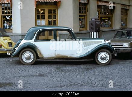 Citroen traction avant 15 cv built in 1950 2000 km durch for Daylight motors beaumont tx