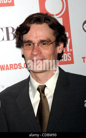 SD05142003        .2003 TONY AWARD NOMINATIONS LUNCHEON AT THE MARRIOTT HOTEL, NEW YORK New York.    /   K30657AR..ROBERT - Stock Photo