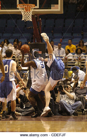 Apr. 16, 2005 - Cleveland, OH, USA - BasketballJoseph King, Miles College, playing for the HBCU all-stars goes - Stock Photo