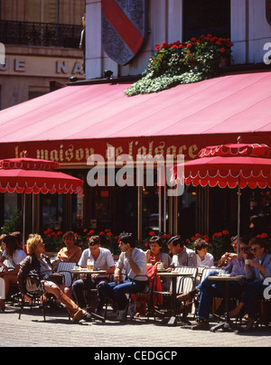 france paris champs elysees restaurants cafes pavement stock photo royalty free image 11512822. Black Bedroom Furniture Sets. Home Design Ideas