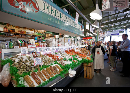 Fresh fish and seafood at pike place market seattle for Fishing store seattle
