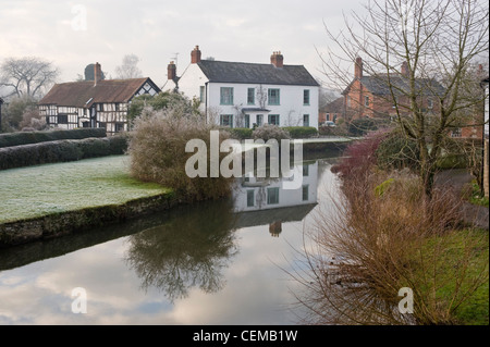 the river arrow in herefordshire essay A guide to historic towns and villages in herefordshire, the 'black and white'  county,  eardisland is a picturesque 'black and white' village on the river arrow, .
