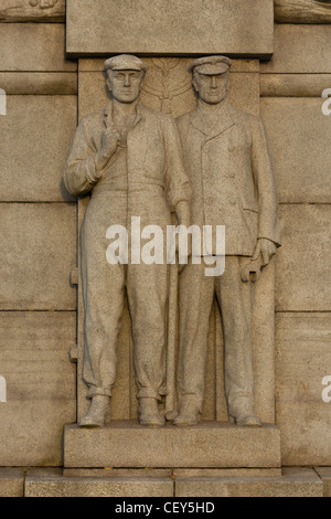 Detail from the Titanic monument, Liverpool - Stock Photo