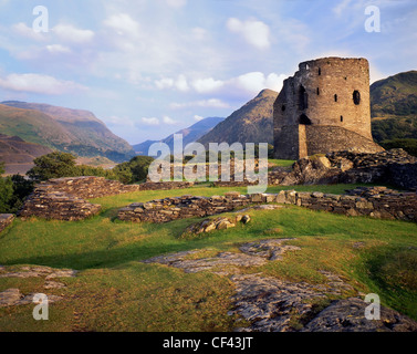 The ruins of Dolbadarn Castle, built by the Princes of Gwynedd in the 13th century, at the foot of Snowdon. - Stock Photo