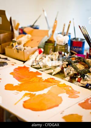 inside an artist's studio in brunswick, me. - Stockfoto