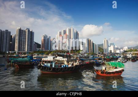 Boats in Aberdeen Harbour, Aberdeen, Hong Kong, China, Asia - Stock Photo