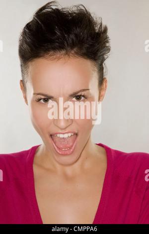 Woman screaming - Stockfoto