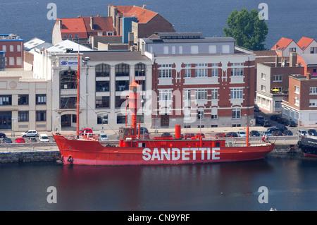 Lighthouse of dunkirk france stock photo royalty free image 38450480 alamy - Dunkirk port france address ...