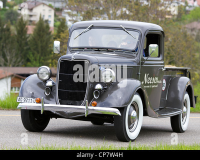 antique car pick up ford f 100 1953 stock photo royalty free image 112646023 alamy. Black Bedroom Furniture Sets. Home Design Ideas