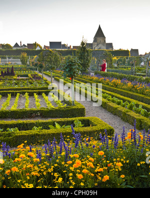 The chateau and gardens of Villandry in the historic Loire Valley during sunset. - Stock Photo