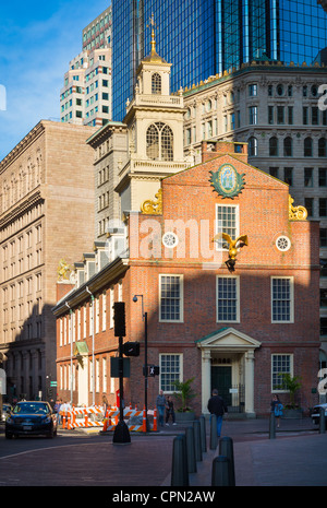 The old state house of massachusetts in boston built in for Building a house in ma
