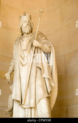 a biography of charles the great aka charlemagne In 771, carloman fell sick and died, and charles seized control over his lands as  well charles the great, aka charlemagne, proved proficient on the battlefield.