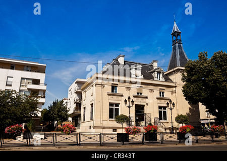 france val de marne champigny sur marne stock photo royalty free image 48626926 alamy. Black Bedroom Furniture Sets. Home Design Ideas