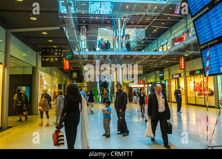 Paris, France, Commuters Walking in Train Station, Gare Saint Lazare, Shopping Center - Stock Photo