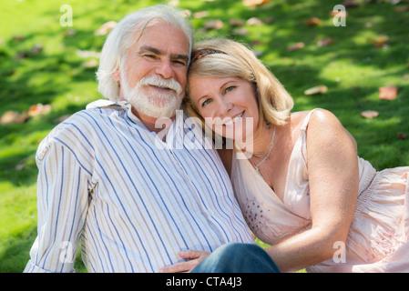 http://n450v.alamy.com/450v/cta4j3/old-people-and-romance-elderly-husband-and-wife-in-love-lying-on-grass-cta4j3.jpg