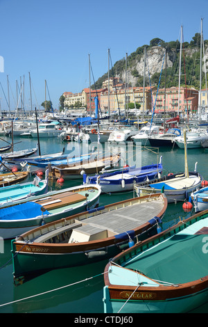 Colorful boats in the nice harbor on cote d 39 azur in france for Nice fishing boats