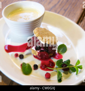 Plate of shortbread with fruits - Stock Photo