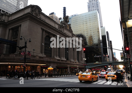 Dawn view Grand Central Terminal, Hyatt Hotel, Chrysler Building, yellow taxis, East 42nd Street at Vanderbilt Avenue, - Stock Photo