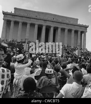 1963 March on Washington. View of the ceremonies on the steps of the Lincoln Memorial from the audience on the Capitol - Stockfoto