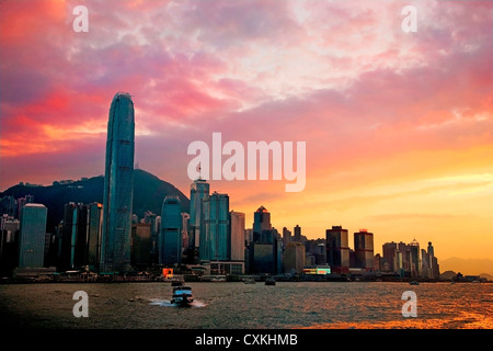 China, Hong Kong, Victoria Harbor, Victoria Peak a seen from a boat in Victoria Harbor. - Stock Photo
