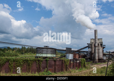 GENERAL VIEW OF THE APPLETON ESTATE RUM DISTILLERY JAMAICA THE CARIBBEAN - Stock Photo