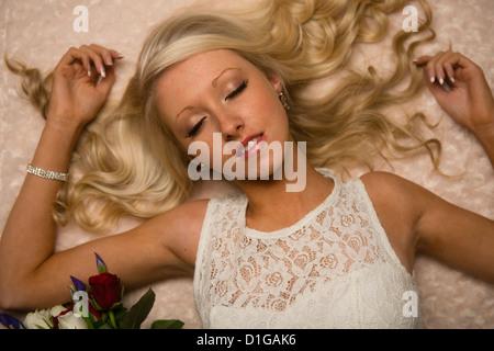 Multi View Blond Slim Teen 93