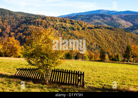 Beskidy mountains in autumn, Poland - Stockfoto