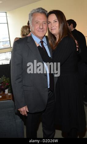 Dustin Hoffman with his wife Lisa Gottsegen attend to Germany's premiere of 'Quartett' at German Opera Berlin (Deutsche - Stock Photo