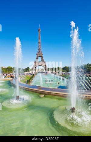 Eiffel Tower and the Trocadero Fountains, Paris, France, Europe - Stock Photo