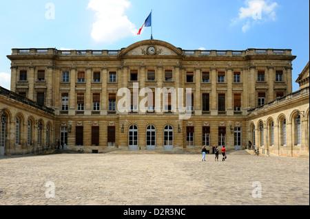 Hotel de Ville (Town Hall), Bordeaux, UNESCO World Heritage Site, Gironde, Aquitaine, France, Europe - Stock Photo